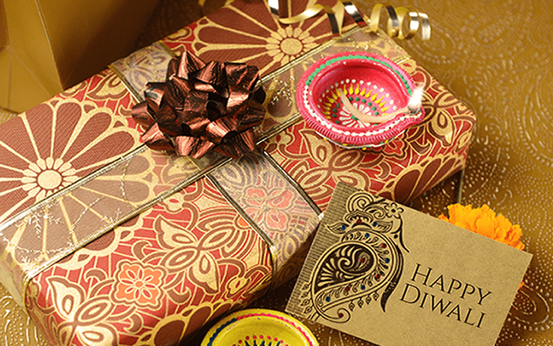 Diwali Gift by NRI: Sending Money Online to your loved ones